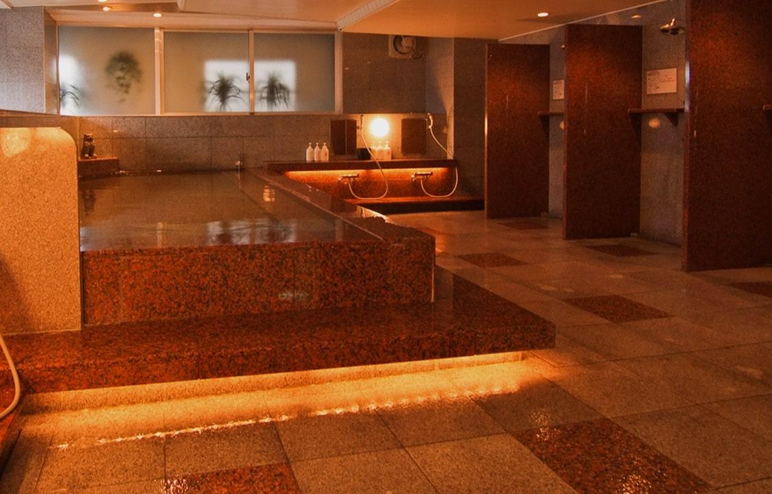 マイナスイオンの大浴場